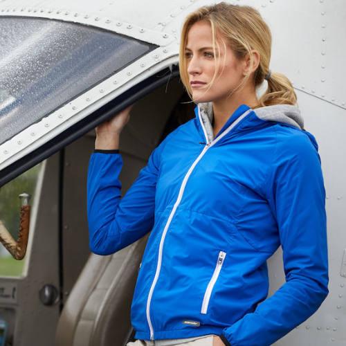 Softshell-jakke-med-logo-Cutter-Buck-Kamloops-dame